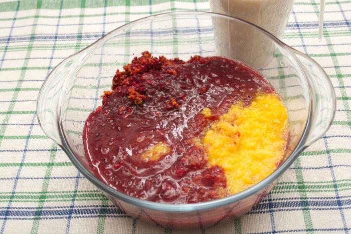 Рецепт варенья из крыжовника с апельсином на зиму - шаг 1