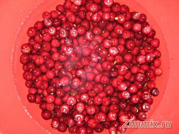 Варенье из черешни на зиму рецепт с фото - шаг 1