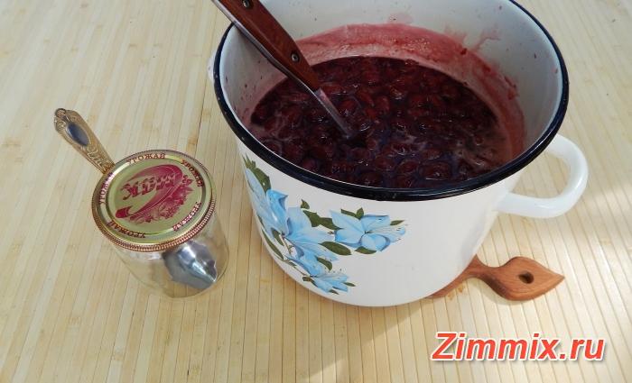 Варенье из кизила пятиминутка на зиму рецепт с фото - шаг 10