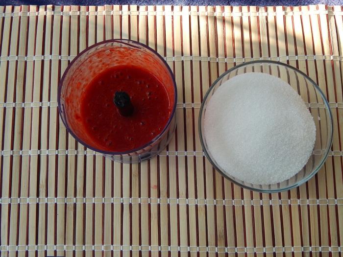 Варенье из клубники без варки на зиму рецепт с фото - шаг 2