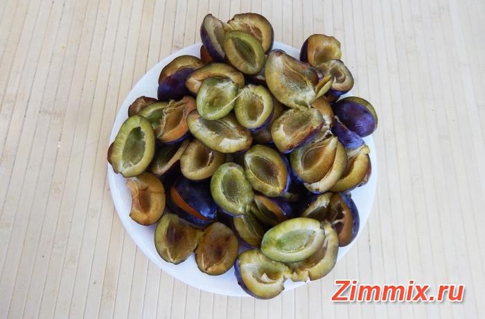 Варенье из сливы угорки с грецкими орехами на зиму - шаг 2