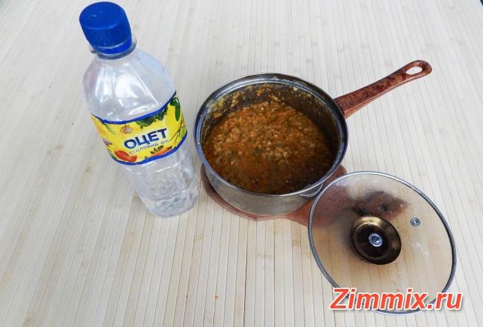 Кабачковая икра с майонезом и чесноком рецепт на зиму - шаг 5