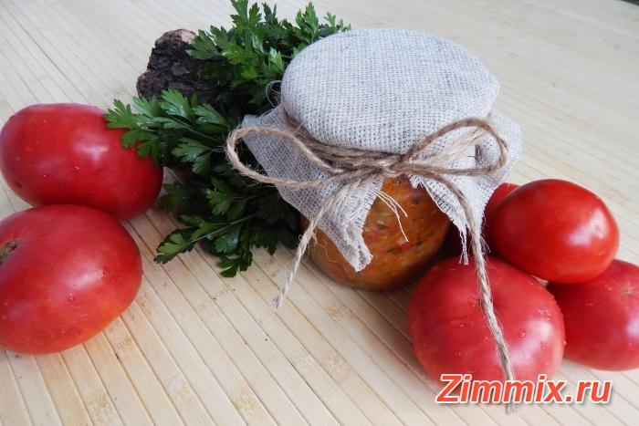 Кабачковая икра с зеленью и помидорами на зиму