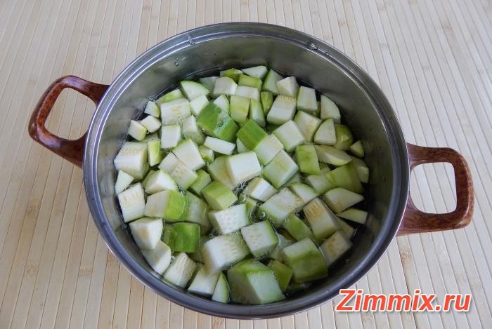 Компот из кабачков со вкусом ананаса на зиму - шаг 2