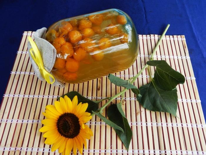 Пошаговый фото рецепт компота из жёлтой алычи без стерилизации на зиму