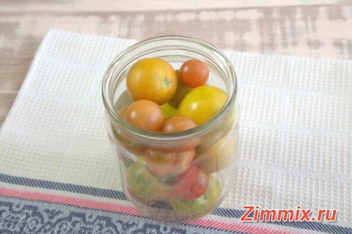 Маринованные помидоры с горчичными семенами на зиму - шаг 1