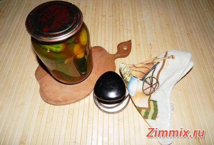 Огурцы с кетчупом чили на зиму пошаговый рецепт - шаг 6