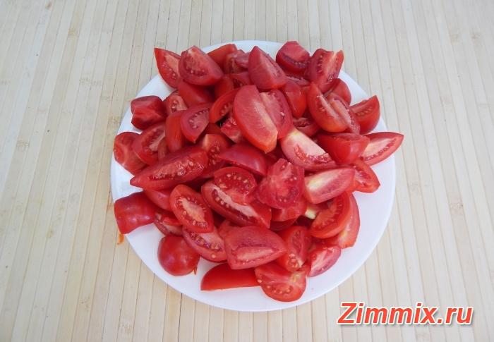 Салат из огурцов, помидор и моркови на зиму - шаг 4